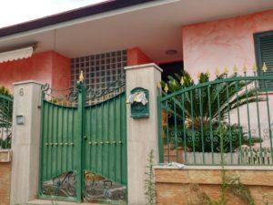 La casa confiscata dei Ciarelli/Di Silvio in Via dei Sabini