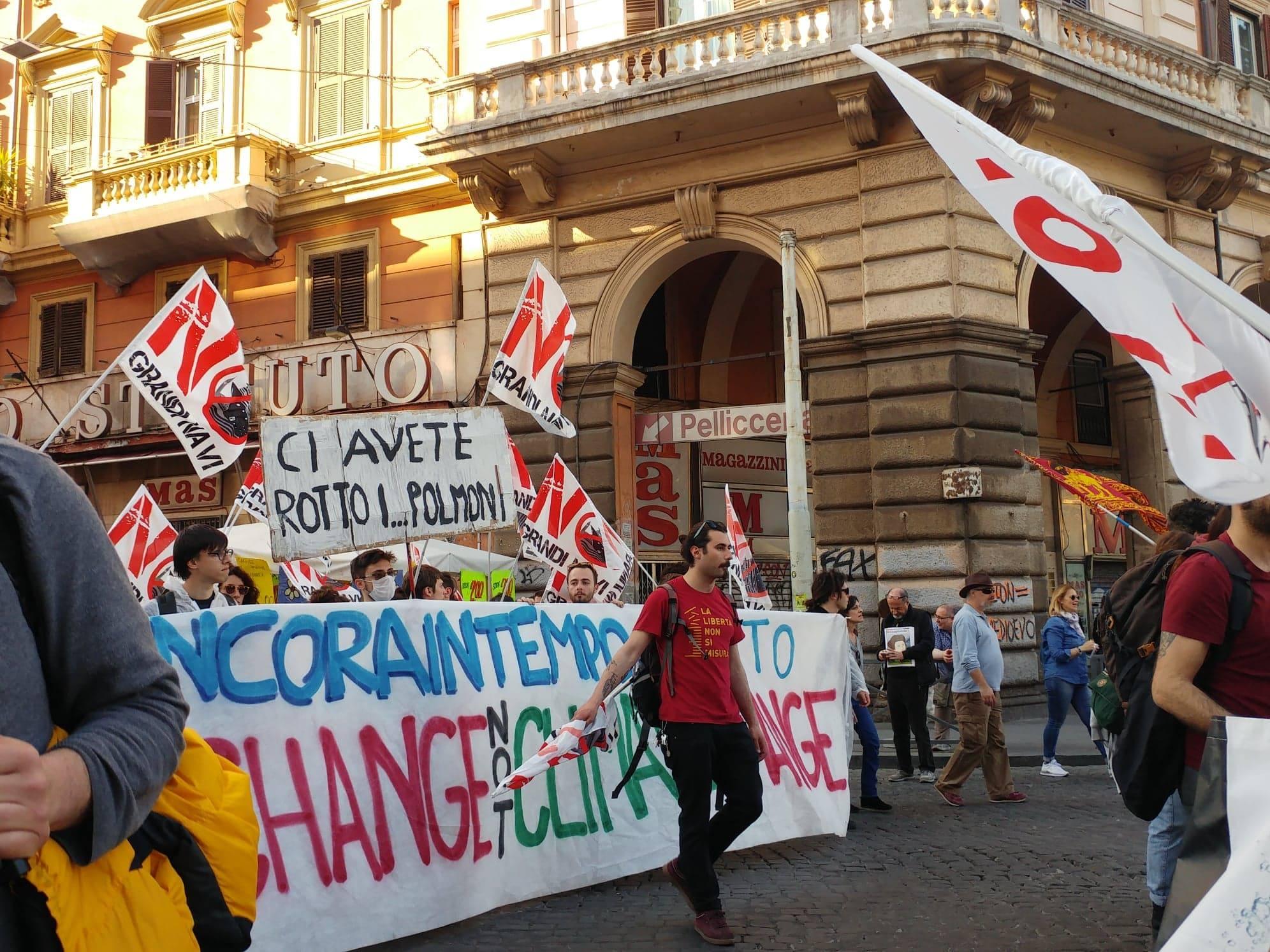 Marcia-per-il-Clima-e-contro-le-Grandi-Opere-Inutili6.jpg