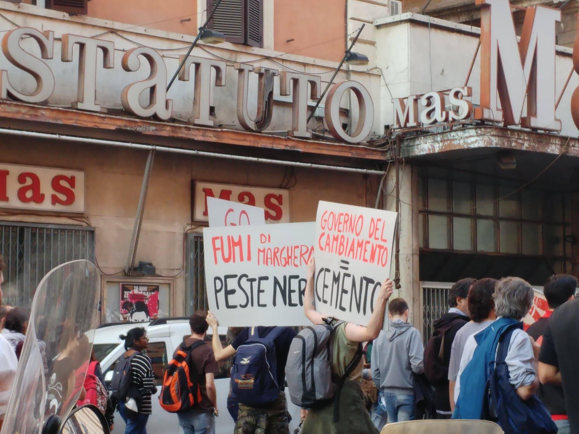 Marcia-per-il-Clima-e-contro-le-Grandi-Opere-Inutili8.jpg