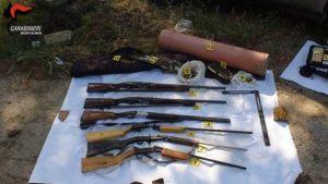 armi sequestrate nell'operazione