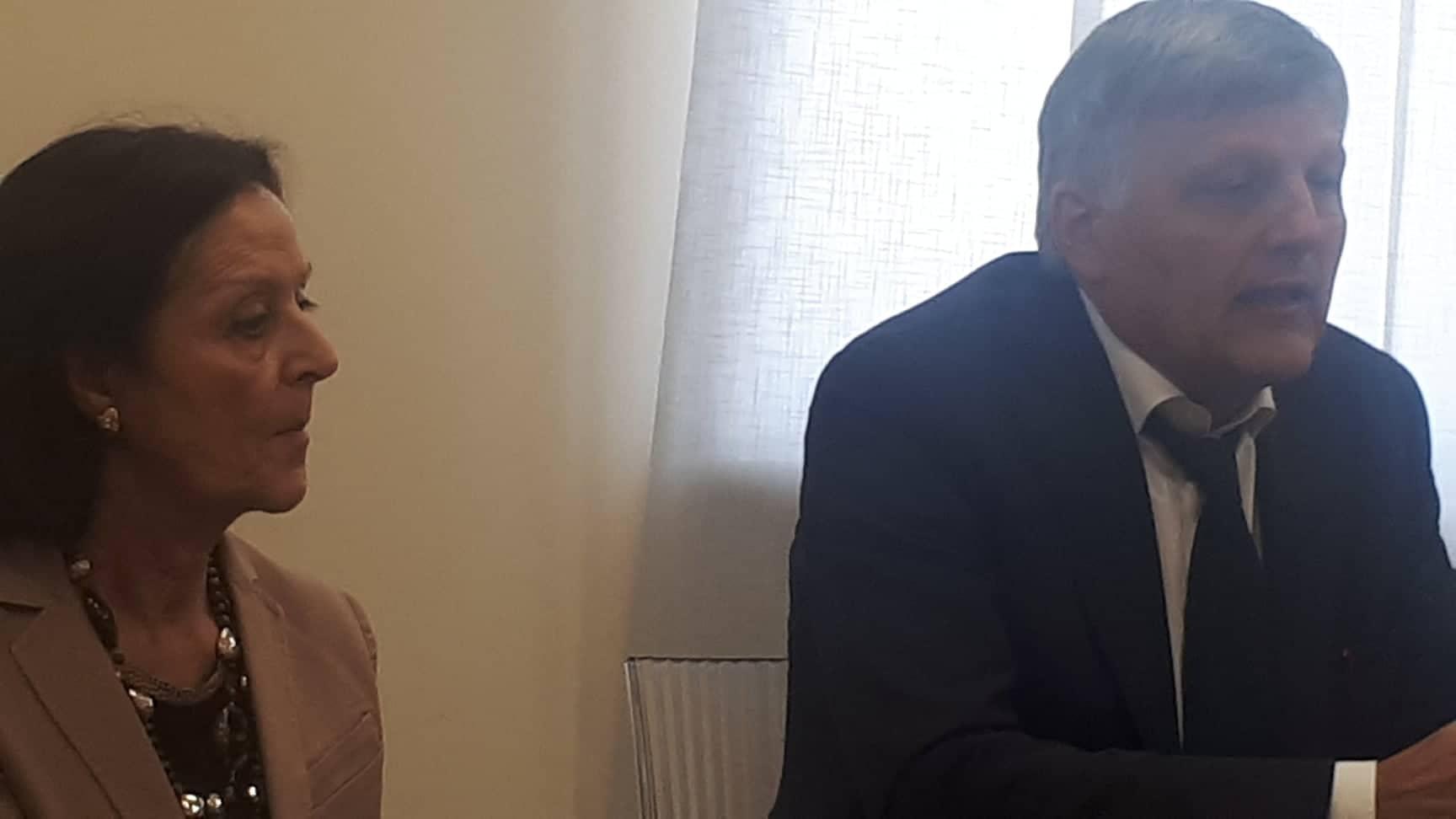 Il Prefetto di Latina Maria Rosa Trio e il sottosegretario dell'Interno Luigi Gaetti