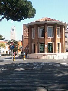 Palazzo_delle_Poste_Latina