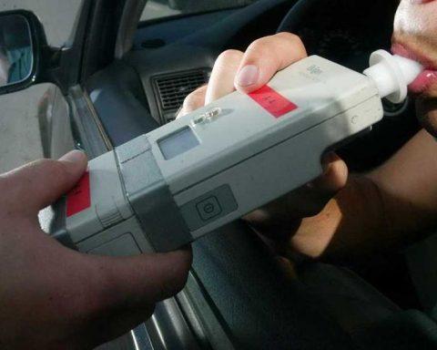 alcol test polizia controlli strada ebbrezza-2-2