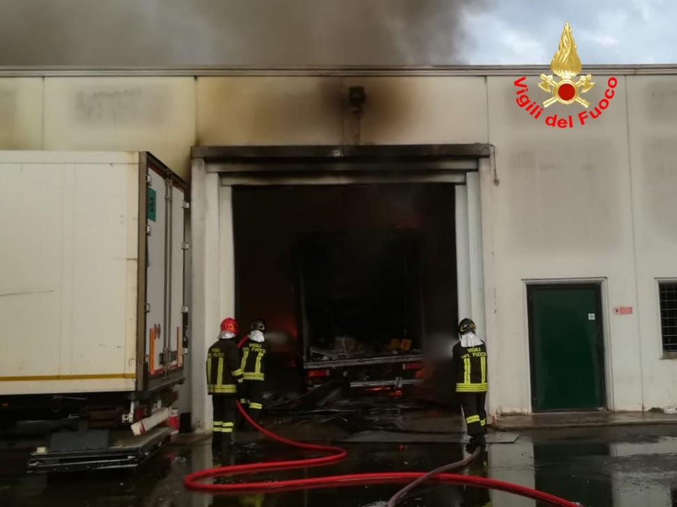 Incendio migliara 43