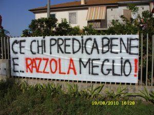 Striscione di fronte alla casa dei Piovesan in Via Monfalcone, di fronte alla discarica di Borgo Montello