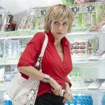 Furto di cosmetici in una farmacia a Latina