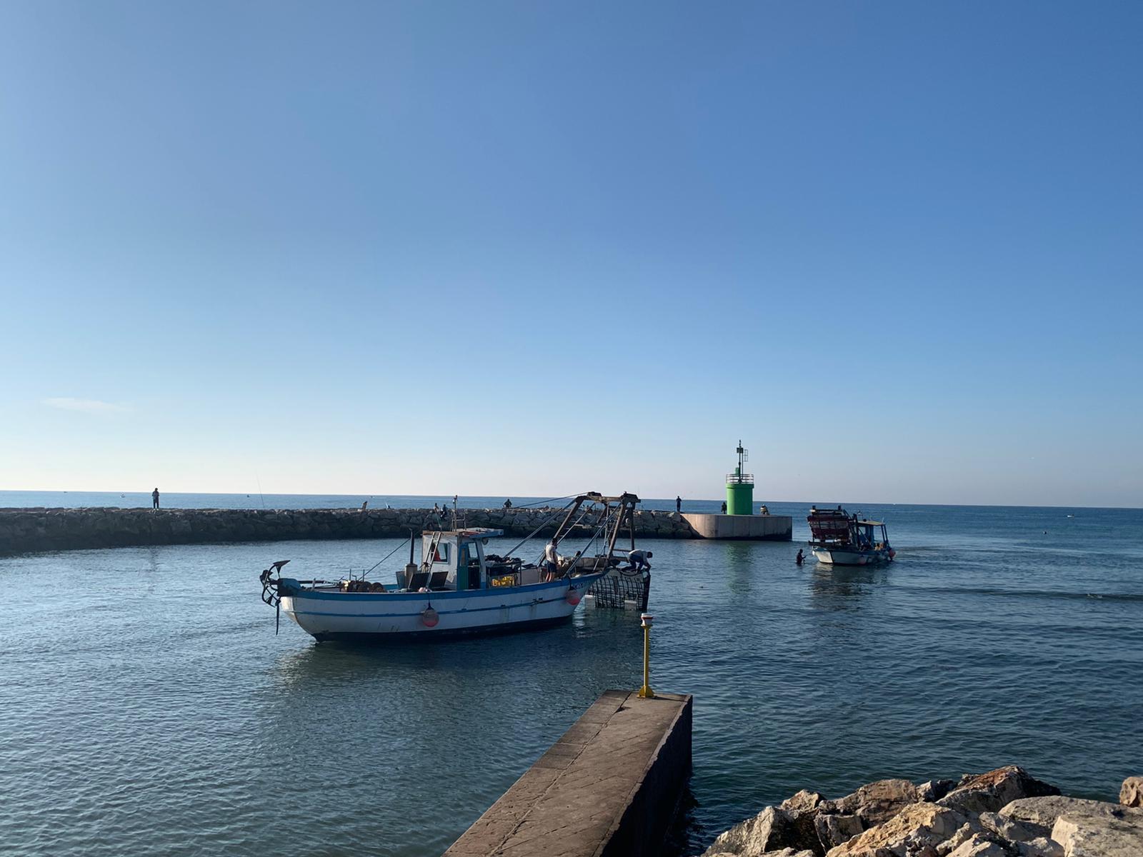 Barca arenata a Rio Martino