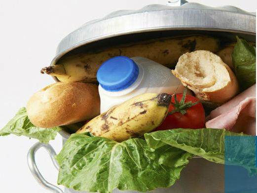 compostaggio e raccolta differenziata