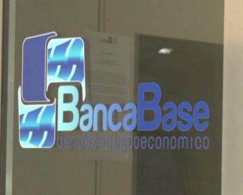 Banca-Base