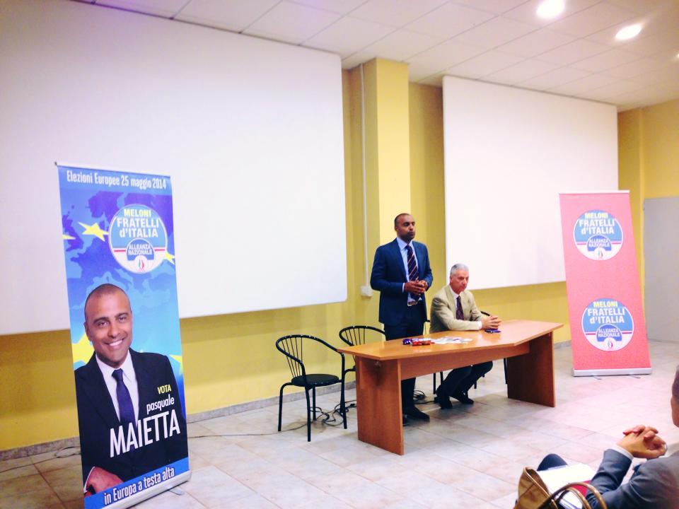 Pasquale Maietta durante la campagna elettorale per le Europee 2014