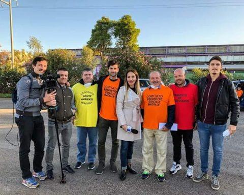 Gli attivisti dei quattro Comitati