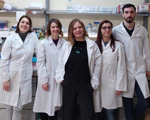 Il gruppo di-ricerca-del-CNR-con-Alessia-Esposito-Flavia-Squeglia-Rita-Berisio-Maria-Romano-e-Miguel-Moreira-1