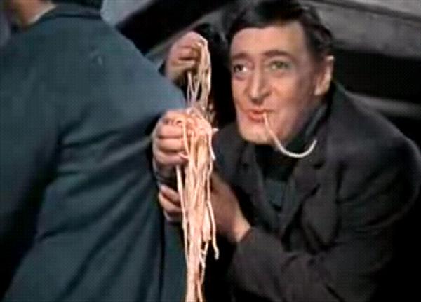 Felice Sciosciammocca interpretato da Totò nel film Miseria e nobiltà
