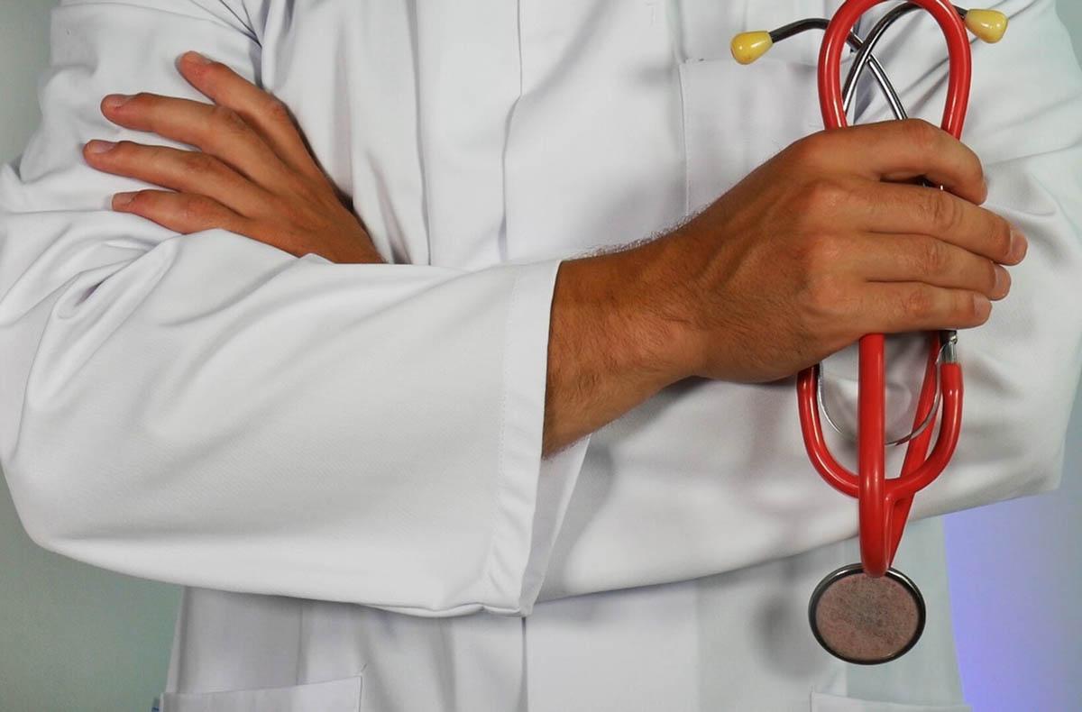 Stop a medici di famiglia per cure a casa. Regione farà ricorso