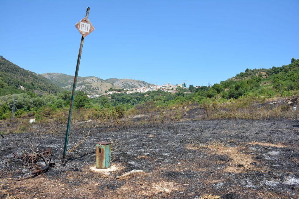 Esempio di un Piezometro all'interno della area incendiata di Bussi (Abruzzo)