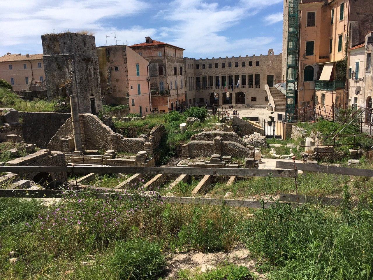 Il restauro del Teatro Romano, del Capitolium e della Chiesa del Purgatorio