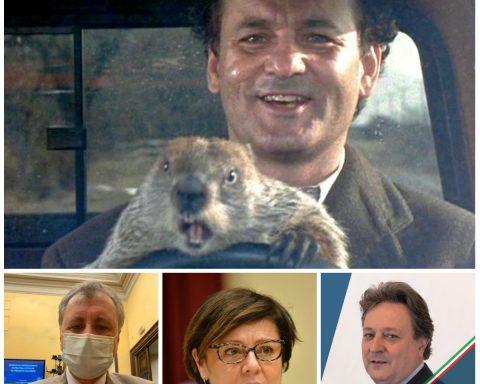 """In alto una scena tratta dal film """"Il giorno della marmotta"""" (1993) con Bill Murray. La storia tratta di un meteorologo della TV che rivive ogni giorno lo stesso giorno, riproducendo sempre le stesse azioni e le stesse battute. Sotto da sinista, Nicola Calandrini, Paola De Micheli e Claudio Fazzone"""