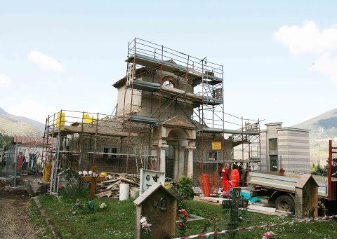 Il luogo dove i due operai morirono in seguito al crollo nel cantiere del cimitero di Prossedi