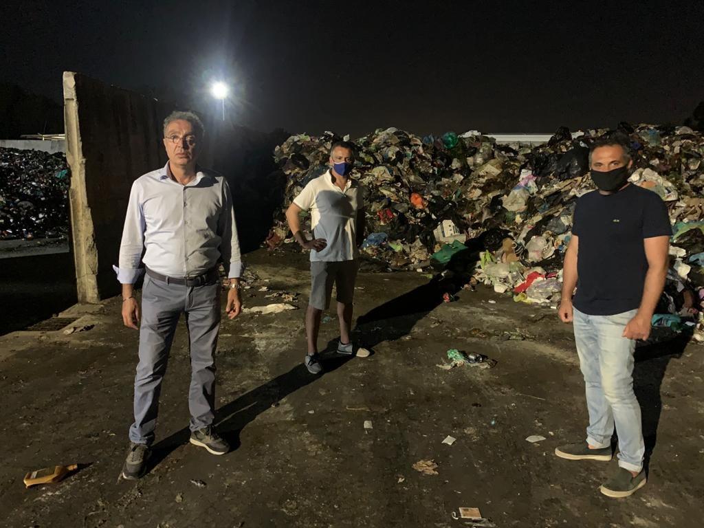 In foto, da destra il consigliere comu ale Vincenzo Valletta, il segretario comunale della Lega Armando Valiani e il consigliere comunale Massimiliano Carnevale