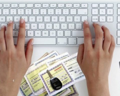 assicurazione online falsa