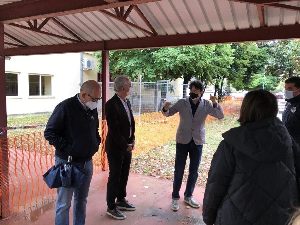 Foto sopralluogo alla scuola Caetani