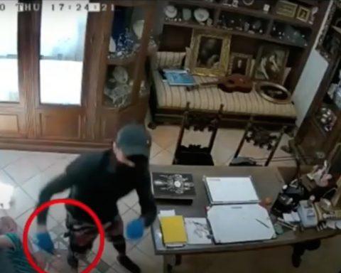 La rapina effettuata in una gioielleria a Pontinia