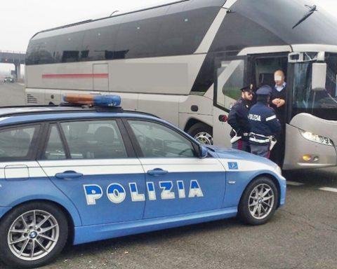 controlli_autobus_polstrada