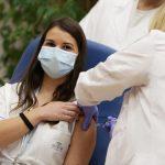Claudia Alivernini, l'infermiera è la prima persona ad aver ricevuto per prima, in assoluto, il vaccino anti-Covid in Italia