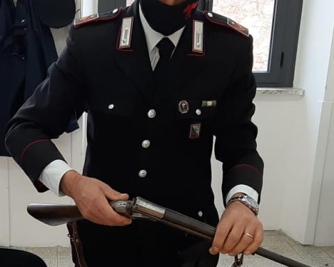 L'arma sequestrata dai Carabinieri di Monte San Biagio