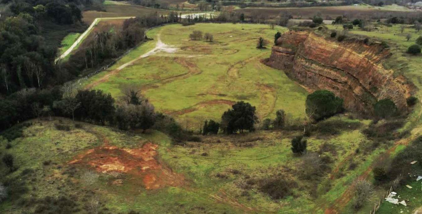 La cava di La Cogna in via Savuto, Aprilia