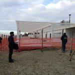 Sigilli al cantiere dello stabilimento balneare La Vela a Terracina