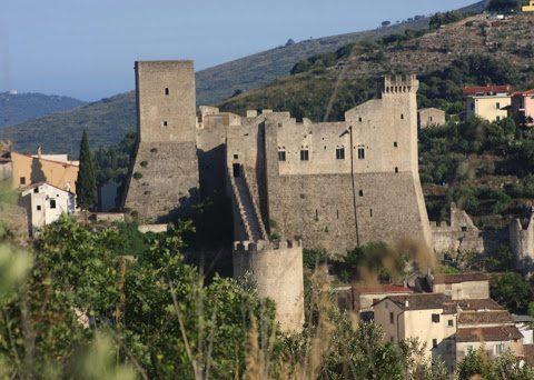 Castello medievale di Itri, uno dei primi tre progetti finanziati in provincia di Latina