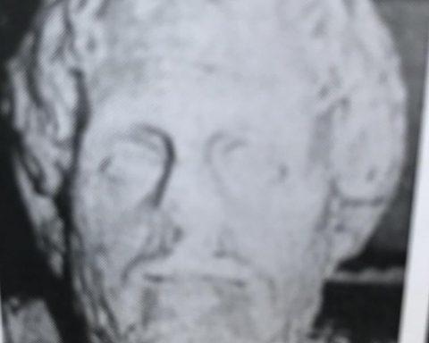 testa romana trafugata