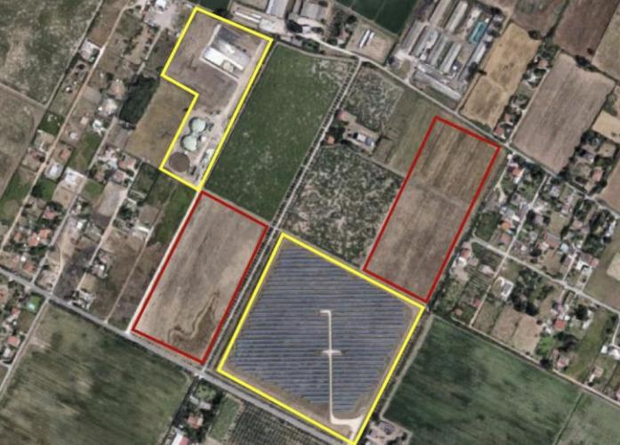 In rosso, le due aree dove sorgerà il nuovo impianto fotovoltaico in Via Pantanelle, Aprilia