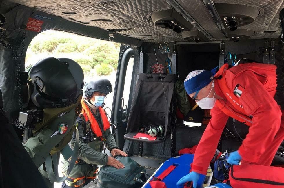 soccorso_ponza_elicottero_aeronautica_militare_1-2