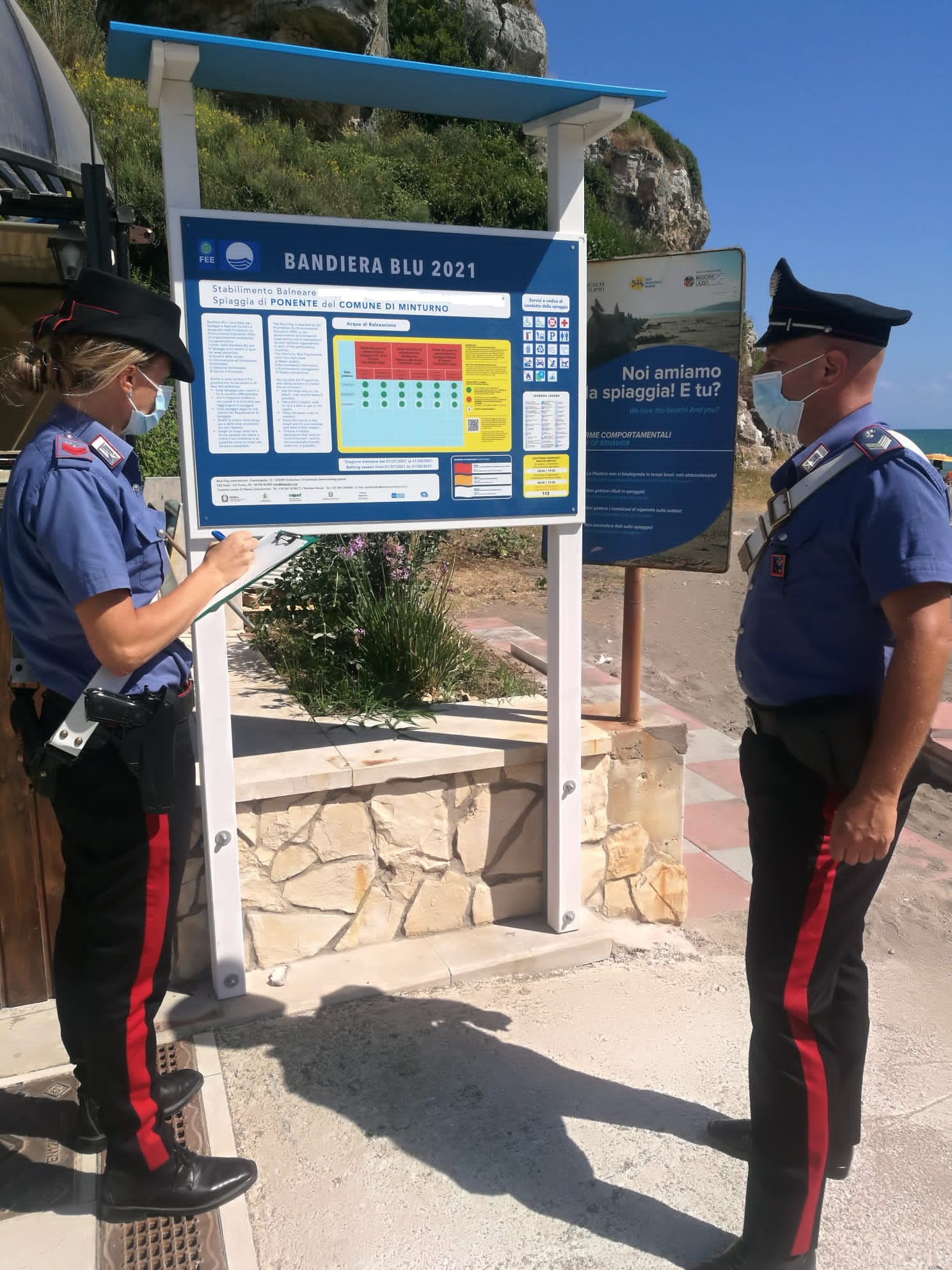 Carabinieri del Comando Stazione di Scauri di Minturno sul posto
