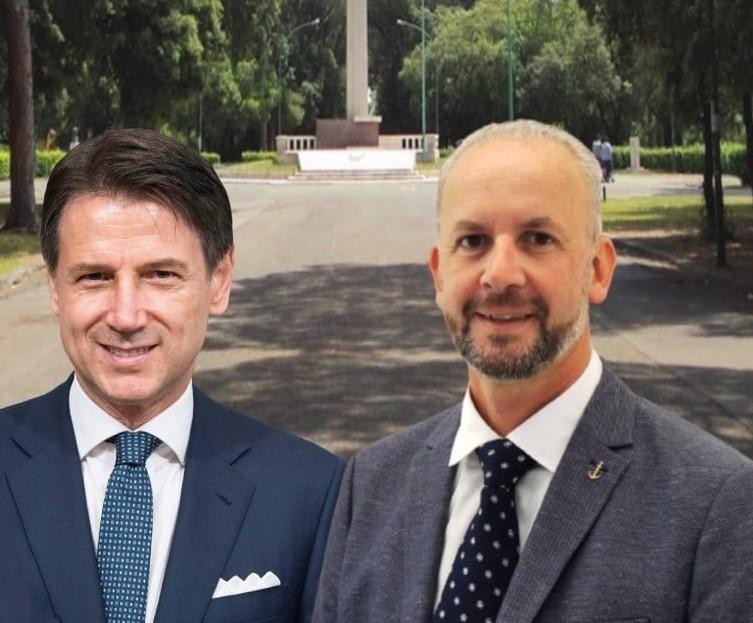 Giuseppe Conte e il candidato a Sindaco di Latina per i 5Stelle Gianluca Bono