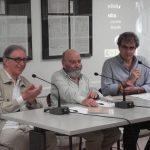 In foto Riccardo Cerocchi, Luis de Pablo e Gabriele Bonomo nel 2010 in occasione della nomina del Maestro de Pablo a Presidente onorario del Festival Pontino di Musica